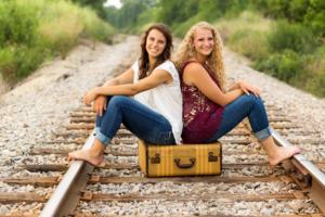 1453_Girls suitcase